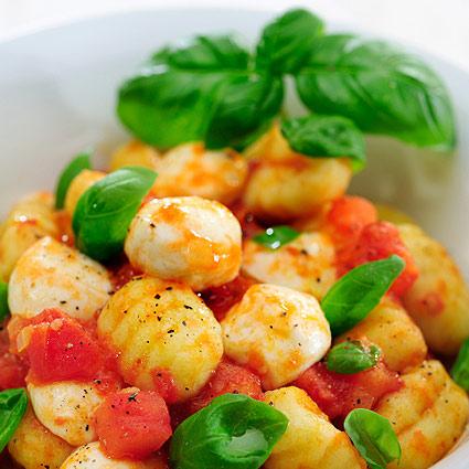 gnocchi tomaten basilikum