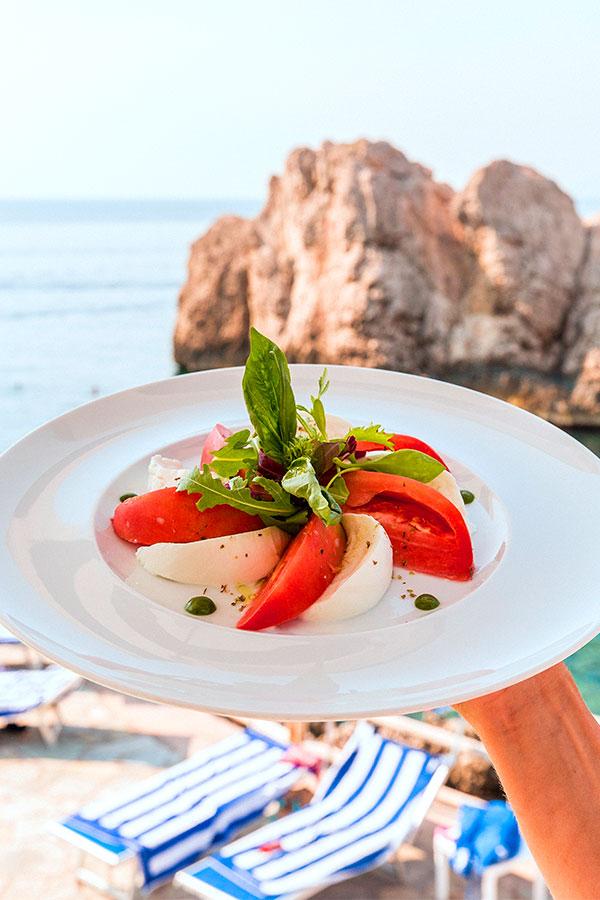 Tomate-Mozzarella-Caprese (4)