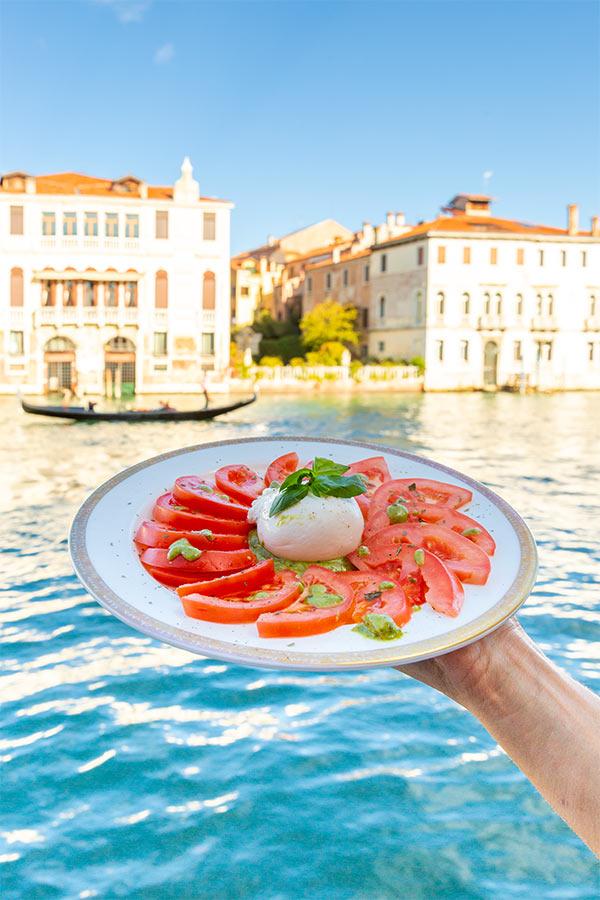 Tomate-Mozzarella-Caprese (5)