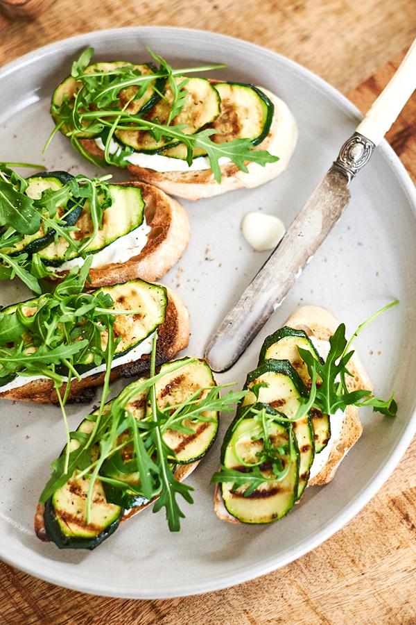 Crostini mit Zucchini