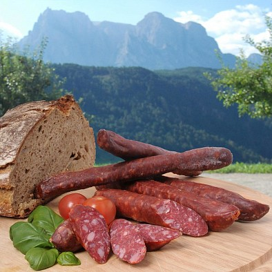 Südtiroler Kaminwurzen