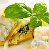 Große Tortellini mit Ricotta und Spinat